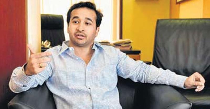 'फक्त काही तास बाकी, वादळापूर्वीची शांतता'; नितेश राणेंच्या ट्वीटमुळे राजकारणात खळबळ