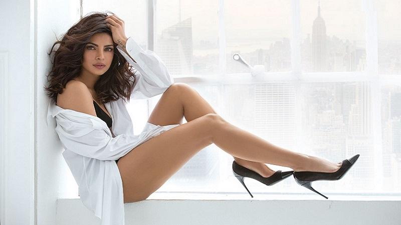 प्रियांका चोप्रा आशियातील सर्वात 'सेक्सी' स्त्री