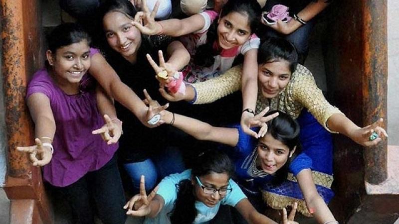 राज्यातील दहावीचा निकाल 89.41 टक्के, मुलींची बाजी, कोकण विभाग अग्रेसर