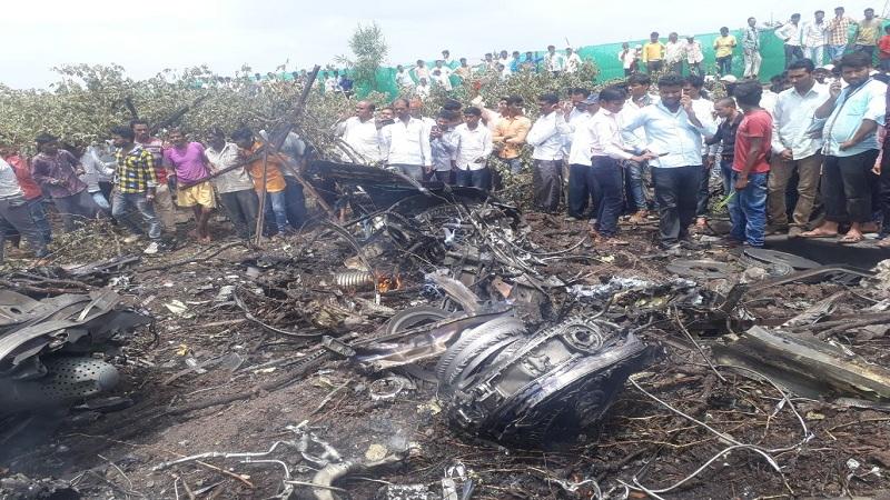 नाशिकमध्ये वायुदलाचं सुखोई विमान कोसळलं