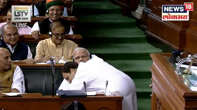 मी पंतप्रधानांचे आभारी आहे की त्यांनी मला काँग्रेसचा अर्थ समजावला भारतीय असल्याचा अर्थ समजावला पंतप्रधान , भाजप आणि संघानं मला हे समजावलं यासाठी मी आभारी आहे - राहुल गांधी