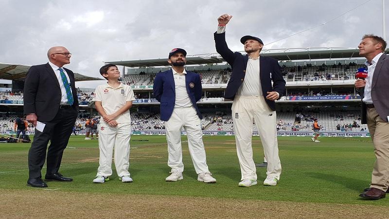 इंग्लंडविरुद्धच्या दुसऱ्या कसोटी सामन्यात भारताची सुरूवात खराब झाली. भारताने ११ धावांमध्ये दोन गडी गमावले.