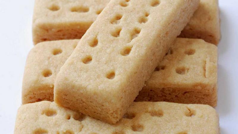 पण काही काळाने समस्यांना तर सामोरे जावे लागणारच आहे. त्यामुळे सप्टेंबरपासून बिस्किट, ब्रेड यांचे दर वाढणार आहेत.