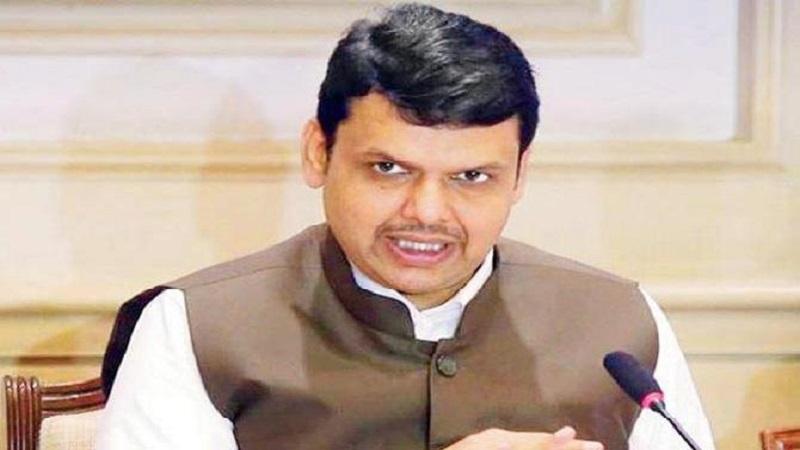 मराठा आंदोलनाच्या आड काही राजकीय नेते आंदोलनाला वळण देत आहे, पण आता राजकारण पूरे झालंय, हा महाराष्ट्र आपला आहे.