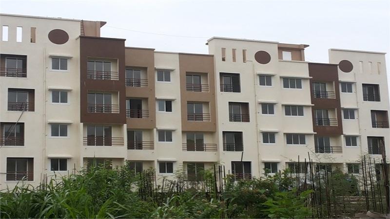एमएमआरडीए रेंज मध्ये म्हणजेच मुंबई, नवी मुंबई, ठाणे, कल्याण डोंबिवली भागात ज्यांच्या नावावर घर आहे त्यांना या घराचा लाभ घेता येणार नाही.