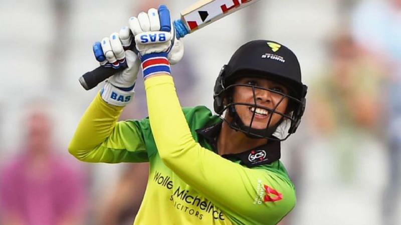 महिला क्रिकेट सुपर लीगमध्ये स्मृतीचा स्ट्राइक रेट १८४ टक्के आहे. याबाबतीतही ती इतर खेळाडूंपेक्षा सरस आहे.