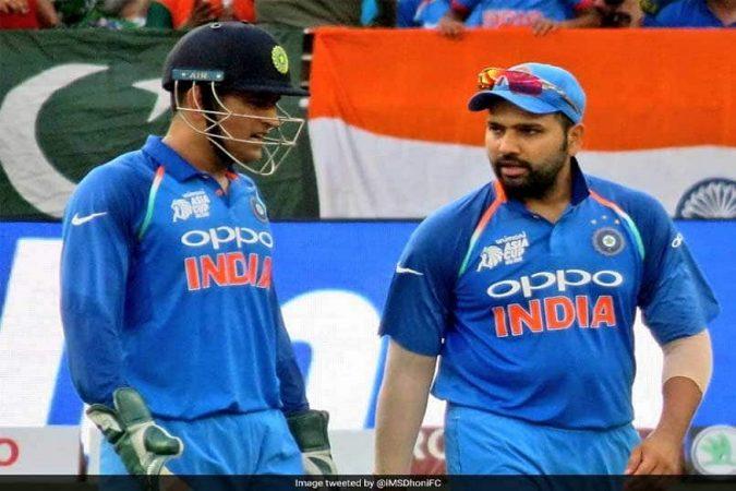 तब्बल ६९६ दिवसांनंतर धोनी भारतीय संघाचा कर्णधार म्हणून मैदानात उतरणार आहे.