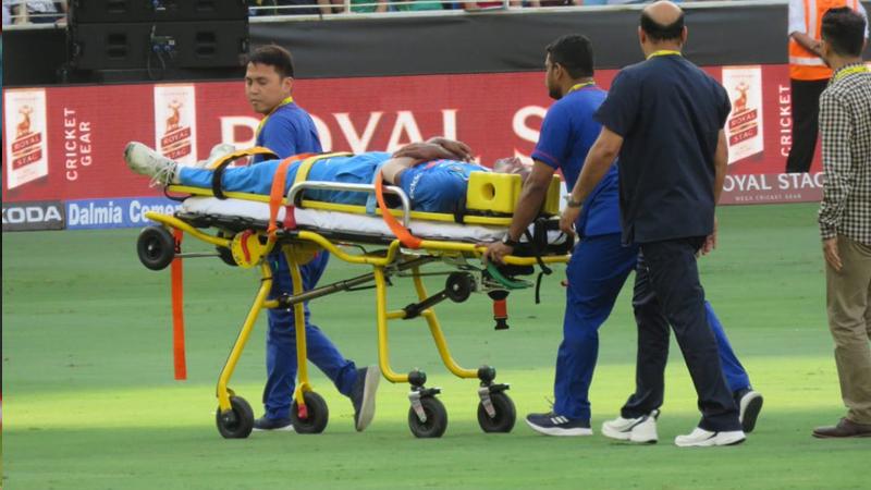 Live Cricket Score, India Vs Pakistan Asia Cup 2018 : हार्दिक पांड्याला दुखापत, काय घडलं नेमकं मैदानावर ?