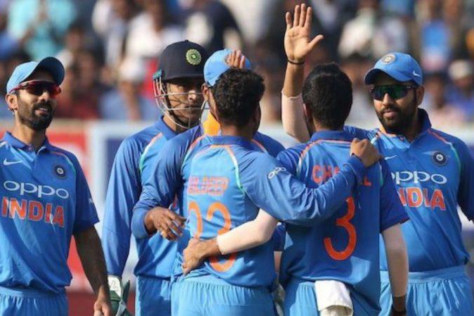 गेल्यावेळी खेळण्यात आलेले सामने हे टी-२० पद्धतीने खेळवण्यात आले होते. मात्र यावर्षी एकदिवसीय सामने खेळवण्यात आले. आतापर्यंत कोणत्याही प्रकारच्या अंतिम सामन्यात बांग्लादेश संघ जिंकला नाही. त्यामुळे यावेळीही टीम इंडियाचं पारडं जड आहे असंच म्हणावं लागेल. यासंदर्भातले आकडे काय म्हणतात त्यावर एक नजर टाकू...