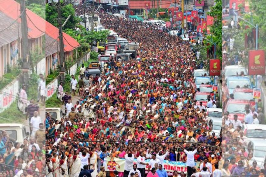 या एवढ्या संख्येनं स्त्रिया रस्त्यावर उतरल्या आहेत, स्त्रियांच्याच विरोधात! केरळमधल्या शबरीमाला मंदिरात सर्व वयोगटातल्या स्त्रियांना प्रवेश द्यायला हवा, असा आदेश सर्वोच्च न्यायालयाने नुकताच दिला. या आदेशाची त्वरित अंमलबजावणी करण्यासाठी केरळ सरकारने तयारी दर्शवली आणि त्यालाच विरोध म्हणून हजारो स्त्रिया केरळच्या रस्त्यावर उतरल्या आहेत.