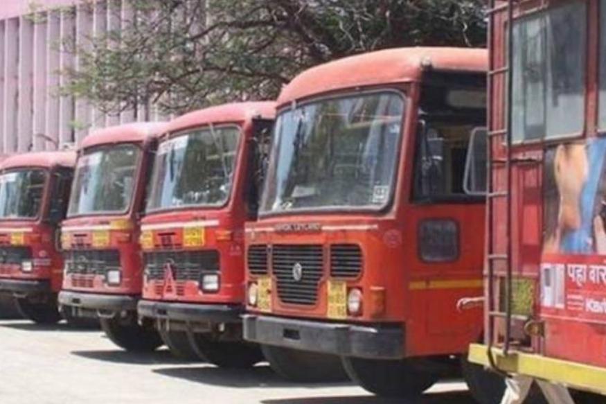 प्राथमिक माहितीनुसार सकाळी आठ वाजता भोर आगारातून एसटी बस (एमएच 14/ बीटी 3847) चालक मोहन बांदल 76 प्रवाशांना घेऊन महाड दिशेने रवाना झाले होते.