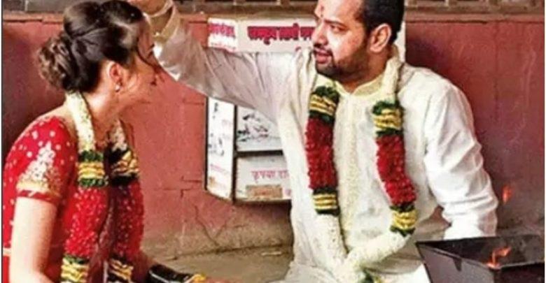 ४३ वर्षांच्या राहुल महाजनने २५ वर्षांच्या मॉडेलशी केले लग्न