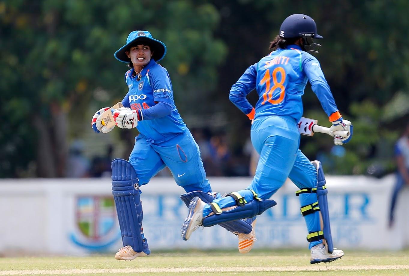 तिसऱ्या टी२० सामन्यात आयर्लंडविरुद्ध मितालीने अर्धशतकी खेळी खेळली. या सामन्यात हरमनने फक्त ७ धावा केल्या. भारताने हा सामनाही एकहाती जिंकला होता.