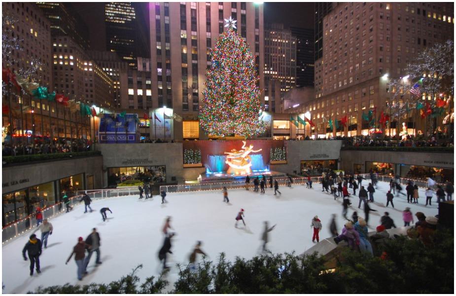 एकीकडे जगभरात नाताळचे हे दिवस मोठ्या आनंदाने साजरे केले जातात. तर दुसरीकडे उत्तर चीनमधील एका शहरात नाताळबद्दल दिल्या जाणाऱ्या सेलवर तसेच सजावटीवर बंदी घालण्यात आली आहे.