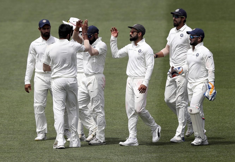 या विजयासोबत कोहली इंग्लंड, दक्षिण आफ्रिका आणि ऑस्ट्रेलियामध्ये कसोटी सामना जिंकणारा पहिला आशियाई कर्णधार ठरला.