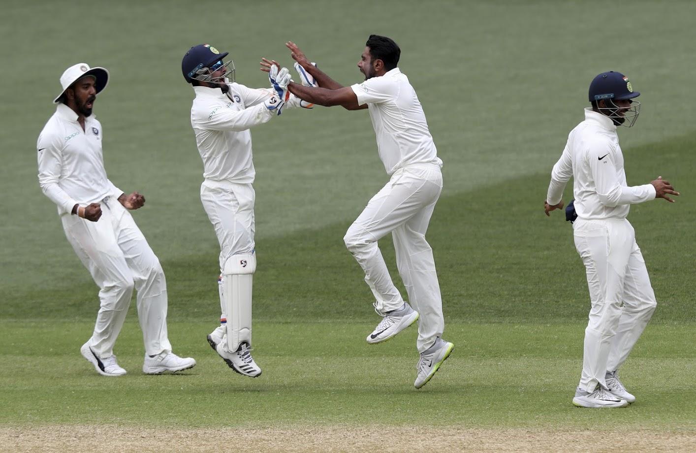 ऑस्ट्रेलियाविरुद्धच्या या पहिल्या कसोटी सामन्यात भारताने पहिल्यापासूनच मजबूत पकड निर्माण केली आहे.