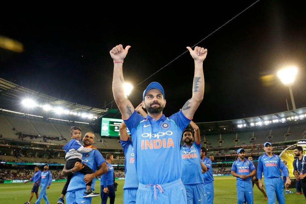 ऑस्ट्रेलियात ऐतिहासिक विजय मिळवल्यानंतर भारतीय क्रिकेट संघ न्यूझीलंडमध्ये पोहचला आहे. 23 जानेवारीपासून वनडे, टी20 मालिका सुरु होणार आहे.