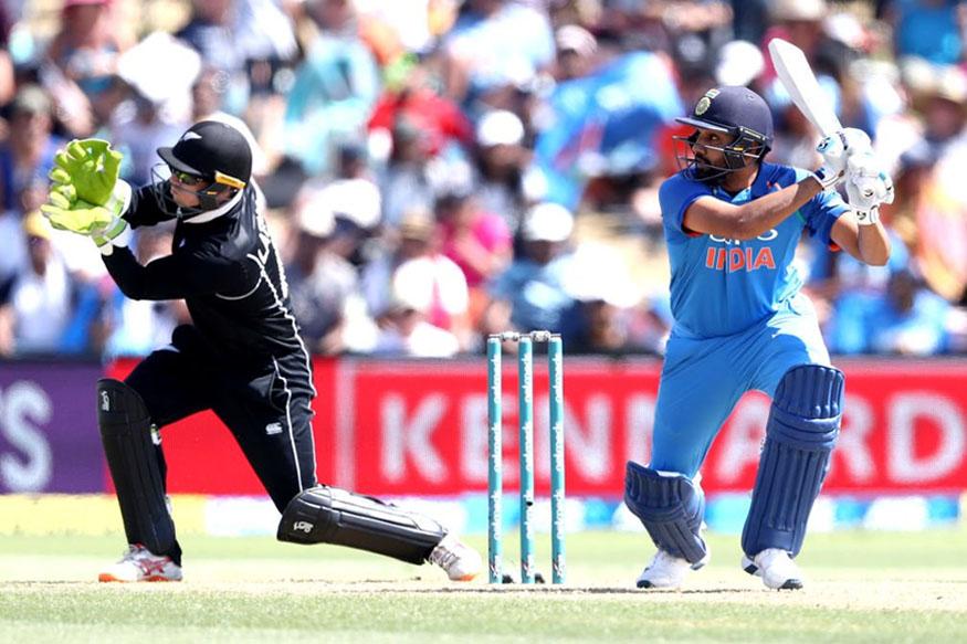 न्यूझीलंडविरुद्ध दुसऱ्या एकदिवसीय सामन्यात भारताने 90 धावांनी विजय मिळवला. याबरोबरच भारताचा 26 जानेवारीला असलेला विजयाचा दुष्काळ संपला.