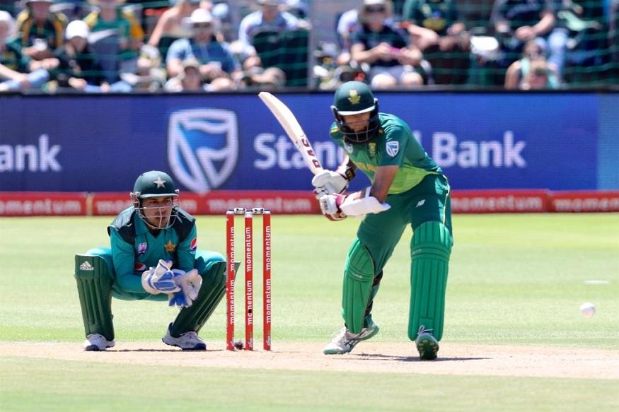 दक्षिण आफ्रिकेच्या हाशिम अमलाचा फॉर्म परत आल्याने संघाच्यादृष्टीने ही एक चांगली बाब ठरली आहे. अमलाने त्याचे शेवटचे शतक 2017 मध्ये बांगलादेशविरुद्ध केले होते. 2018 या वर्षात त्याला एकही शतकी खेळी करता आली नाही.