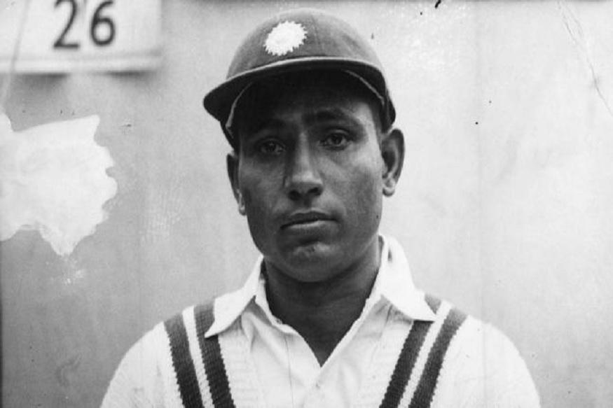 स्वातंत्र्यानंतर लगेच लाला अमरनाथ यांच्या नेतृत्वाखाली भारतीय टीम ऑस्ट्रेलियाच्या दौऱ्यावर गेली होती. डॉन ब्रॅडमेन यांच्या धमाकेदार फलंदाजीच्या मदतीने ऑस्ट्रेलियाने भारताचा ०-४ अशा दारुण पराभव केला होता.