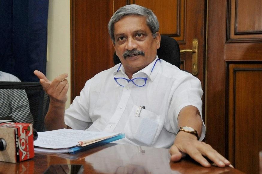 राहुलजी, मी जीवघेण्या आजाराशी लढतोय;भेटीचं राजकारण बंद करा! - पर्रिकर