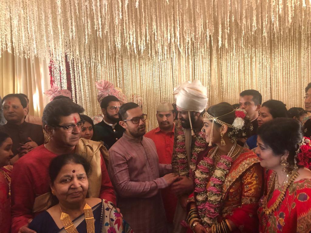 बाॅलिवूडचा अभिनेता आमिर खान यानेही लग्नाला हजेरी लावली होती.