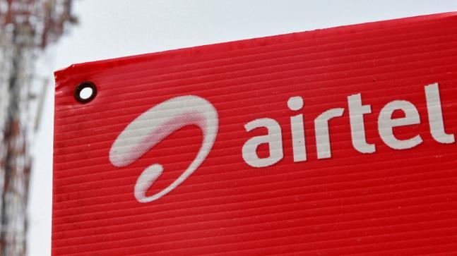 टेलिकॉम कंपनी भारती एअरटेलचे सीएमडी सुनील भारती मित्तल यांनी संकेत दिले आहे की, एअरटेल इन्कमिंग कॉलसाठी कमीत कमी 75 रुपये आकारणार आहे. तर नोव्हेंबर महिन्यात कमीत कमी 35 रिचार्ज पॅकही आणणार आहे.