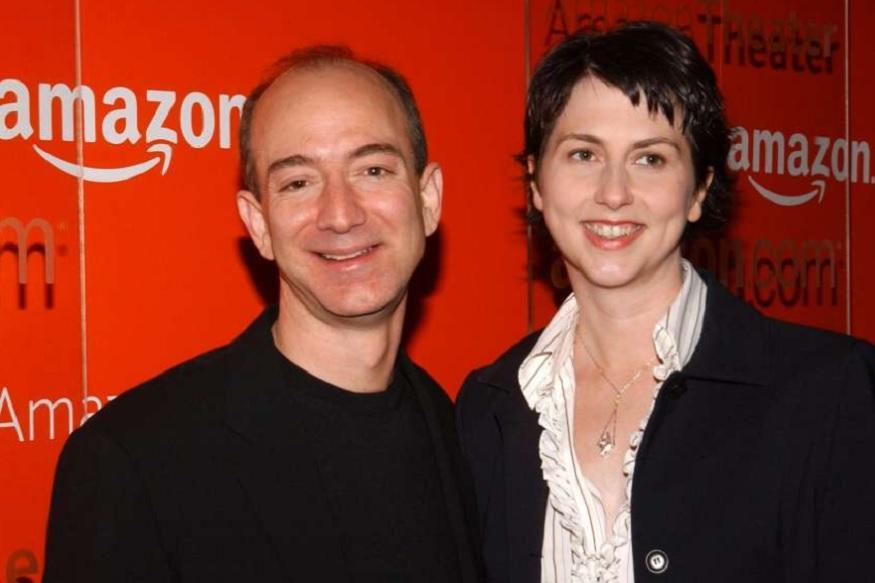 जेफ आणि मॅकेन्झी यांचं लग्न झालं 1993 मध्ये. त्या वेळी जेफ 29 वर्षांचा आणि मॅकेन्झी 23 वर्षांची होती.
