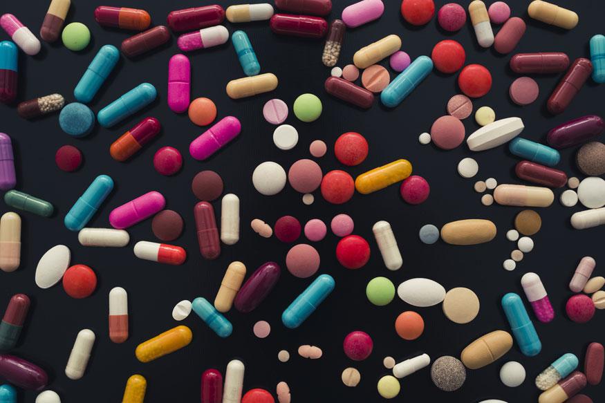 नॅशनल लिस्ट ऑफ इसेंशियल मेडिसिन लिस्टमध्ये नमूद असलेली सर्व औषधं या एटीएममध्ये असतील. सर्वसामान्य रुग्णांसाठी आवश्यक असलेली सर्व औषधं नॅशनल लिस्ट ऑफ इसेंशियल मेडिसिन लिस्टमध्ये नमूद आहेत. यात ३०० हून अधिक औषधं उपलब्ध आहेत.