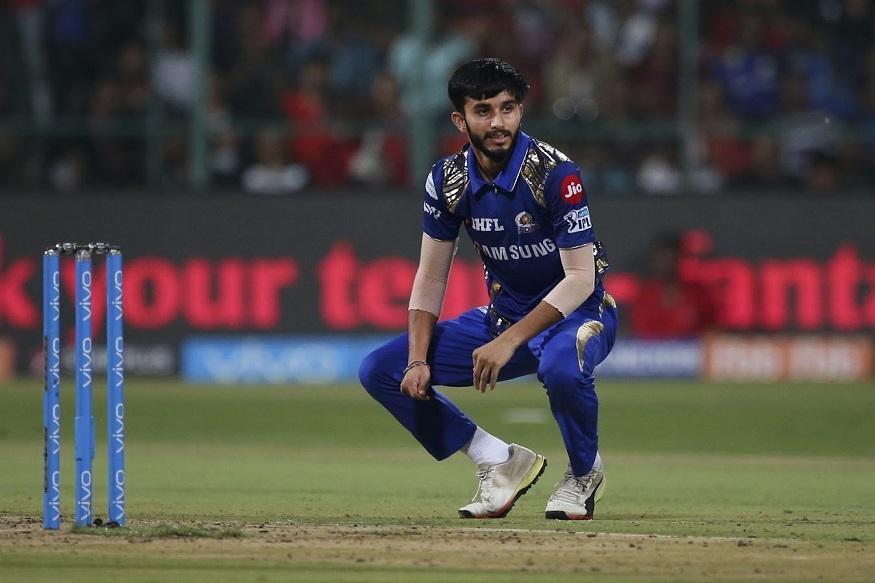 ऑस्ट्रेलियाविरुद्धच्या टी20 आणि एकदिवसीय मालिकेसाठी भारतीय संघाची घोषणा झाली आहे. या संघात बीसीसीआयने एका नव्या चेहऱ्याला संधी दिली आहे तो म्हणजे मयंक मार्कंडेय.