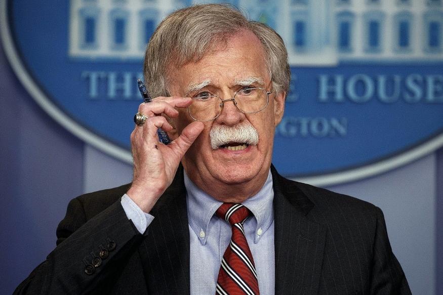 भारतातील या अधिकाऱ्यांशिवाय अमेरिकेच्या NSA प्रमुखांना याची माहिती होती. एअर स्ट्राईकच्या एक दिवस आधी अजित डोवाल यांनी अमेरिकेचे NSA प्रमुख जॉन बोल्टन यांना माहिती दिली होती.