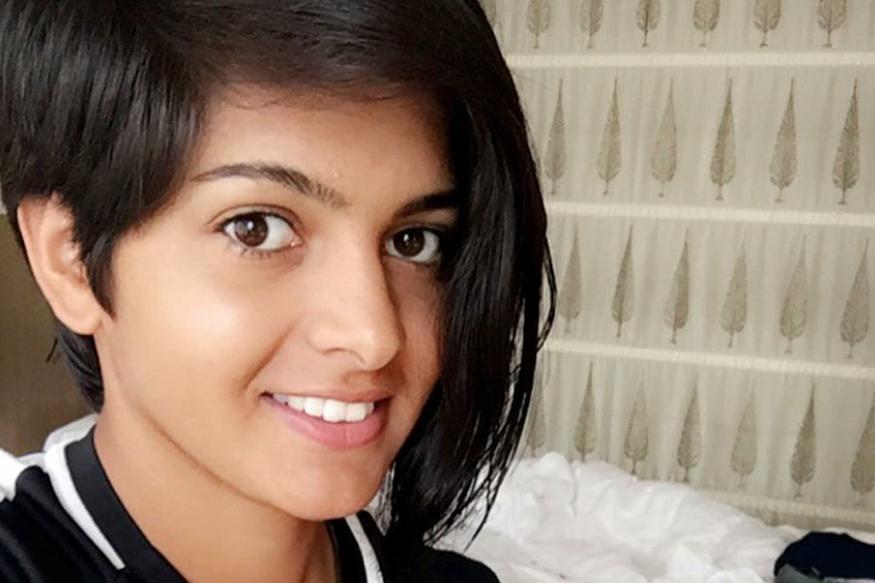 आतापर्यंत प्रिया दिल्लीकडून अंडर-19, अंडर-23 आणि सिनिअर गटातून खेळली आहे.