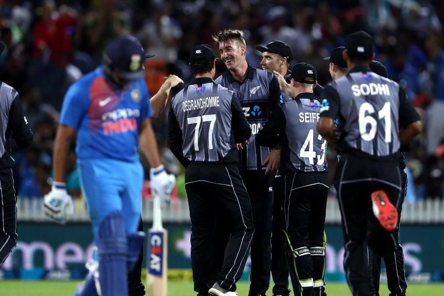 भारताच्या या मालिका पराभवाने पाकिस्तानच्या सलग 11 टी20 मालिका जिंकण्याच्या विक्रमाशी बरोबरी करण्याचं स्वप्न भंगले.