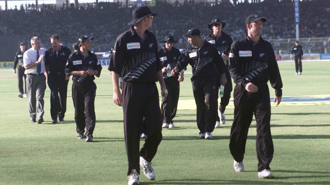 न्यूझीलंडचा संघ 2002 मध्ये पाकिस्तान दौऱ्यावर असताना दोन्ही संघांच्या हॉटेलबाहेर आत्मघाती हल्ला झाला होता. त्यावेळी कोणी खेळा़डू जखमी झाले नसले तरी सुरक्षेच्या कारणास्तव दौरा रद्द करण्यात आला होता.