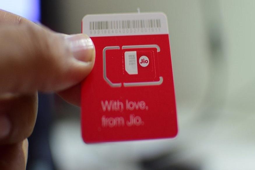 जिओचा 91 दिवसांसाठी 449 रुपयांचा प्लॅन आहे. यातही दीड जीबी इंटरनेट, अनलिमिटेड कॉल करता येणार आहेत. तसेच दररोज 100 मेसेज फ्री मिळणार असून नॅशनल रोमिंग फ्री असणार आहे.