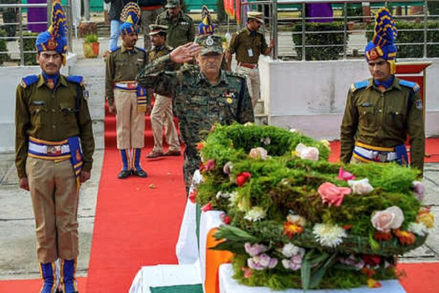 पुलवामा हल्ला: शहीदांच्या कुटुंबीयांना मदत करणार रिलायन्स फांऊडेशन