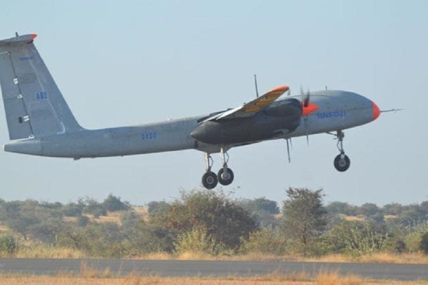 रुस्तम - हे एक लढाऊ विमान आहे. DRODO ते बनवतंय. त्याची प्रक्रिया सुरू आहे.