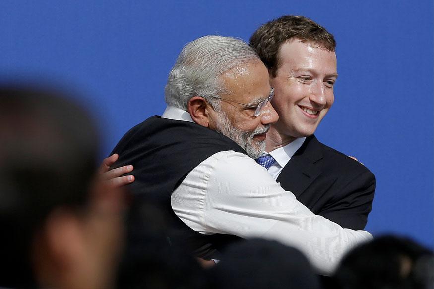 सोशल मीडियावर कमालीते सक्रिय असणारे पंतप्रधान नरेंद्र मोदी यांचे जगभर फॉलोअर्स आहेत. अमेरिका भेटीत त्यांनी आवर्जुन फेसबुकच्या मुख्यालयाला भेट दिली आणि मार्क झुकरबर्गसहीत फेसबुकच्या कर्मचाऱ्यांशी संवाद साधला होता.