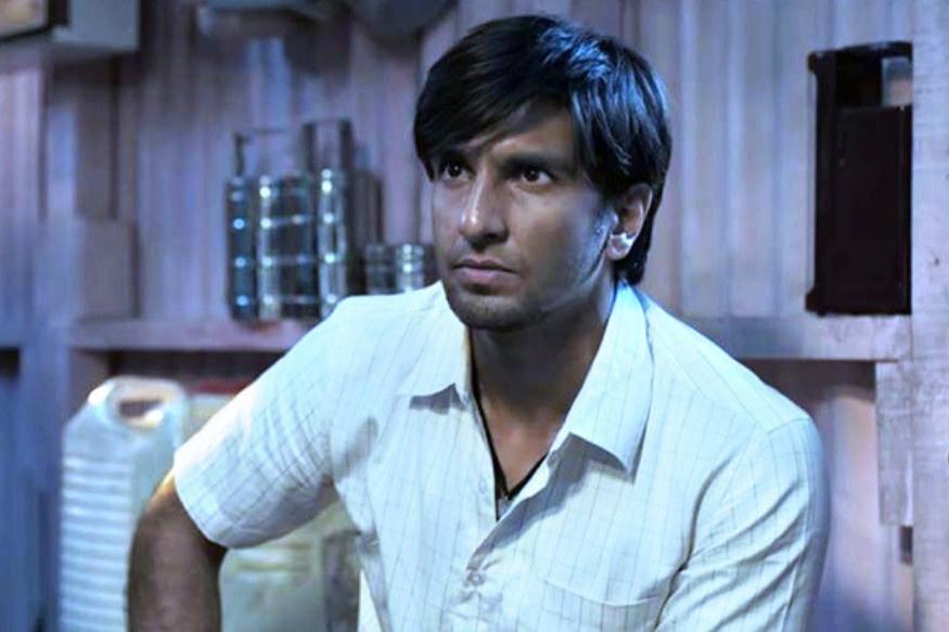 रणवीर सिंगचा गली बॉय सिनेमाही चांगली कमाई करताना दिसत आहे. रणवीरच्या गली बॉयने १०० कोटींच्या क्लबमध्ये प्रवेश केला आहे.