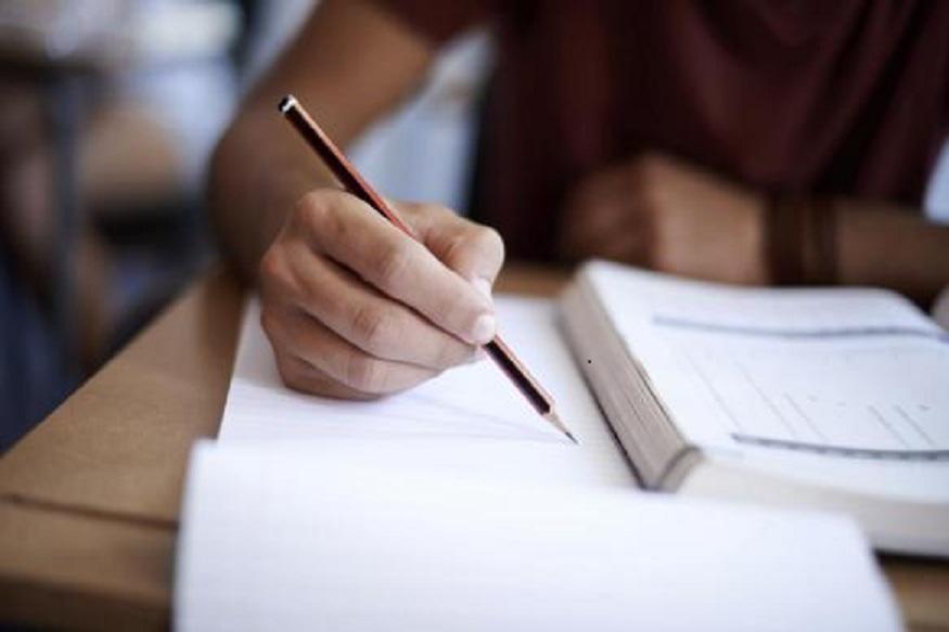 35 मिनिटापेक्षा जास्त अभ्यास करू नका. 5 मिनिटं ब्रेक घ्या. त्यानंतर पुन्हा अभ्यासाला सुरूवात करा. टिव्ही, गेम, गॅझेट्सपासून शक्यतो लांबच राहा.