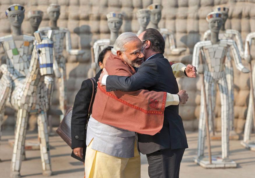 भारत भेटीवर आलेले फ्रान्सचे तत्कालीन राष्ट्रपती फ्रान्स्वा ओलांद यांनी चंदिगडमधल्या रॉक गार्डनला भेट दिली होती. त्यावेळी त्यांचं पंतप्रधानांनी असं स्वागत केलं.