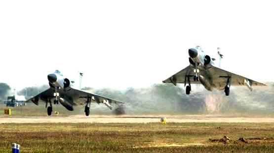 अमेरिकेनं जसं 41 मिनिटात आॅपरेशन ओसामा केलं, तसंच भारतानंही 21 मिनिटांत पाकिस्तानातल्या वेगवेगळ्या दहशतवादी अड्ड्यांवर हल्ले केले.