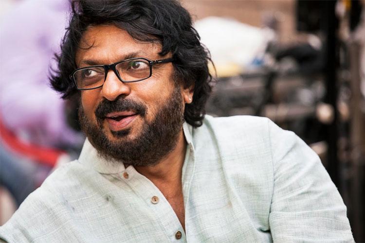 संजय लीला भन्साळी- सलमानने भन्साळी यांच्या काही सिनेमात काम केलं आहे. मात्र काही काळाने दोघांमध्ये दुरावा निर्माण झाला आणि त्यानंतर सलमानने भन्साळी यांच्या सिनेमांत काम करणं पूर्ण बंद केलं.