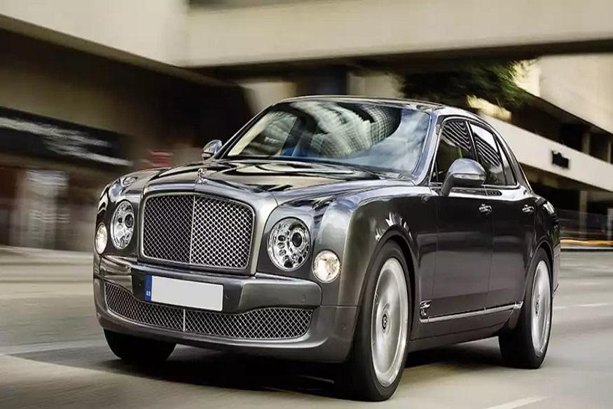 राजदूत मोहम्मदकडे जगातल्या सगळ्यात महागड्या गाड्यांपैकी बेंटले कार आहे. ज्याची किंमत 6 कोटी रुपये आहे.
