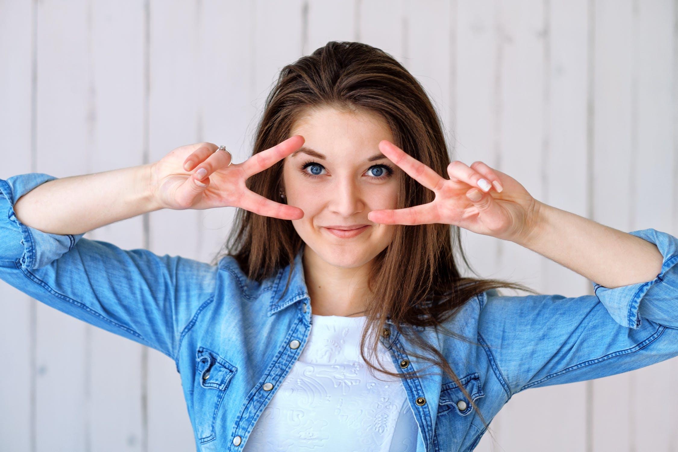 लग्नानंतर स्त्री आणि पुरुष दोघांचे चेहरे उजळतात. त्यात स्त्री जास्त सुंदर दिसू लागते. त्यामुळे पुरुष अशा स्त्रीवर भाळतात.