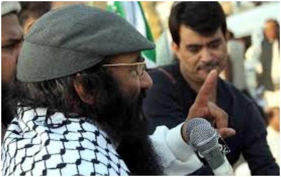 याबाबत मिळालेल्या माहितीनुसार हिजबुल मुजाहिद्दीनचा म्होरक्या सय्यद सलाहुद्दीनने काश्मीरमध्ये मोठी घुसखोरी करण्याचा कट आखला आहे.