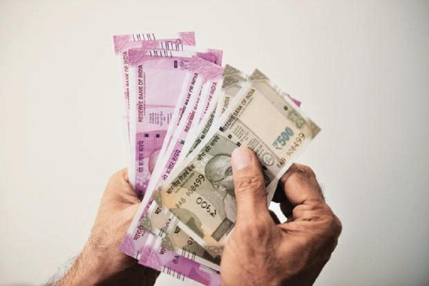 आशियाई देशांमध्ये यंदाही भारतच पगारवाढीच्या दरात पहिल्या क्रमांकावर आहे. भारताशिवाय रशियात 7.2 टक्के तर दक्षिण आफ्रिकेत 6.7 टक्के पगारवाढ होण्याची शक्यता आहे.