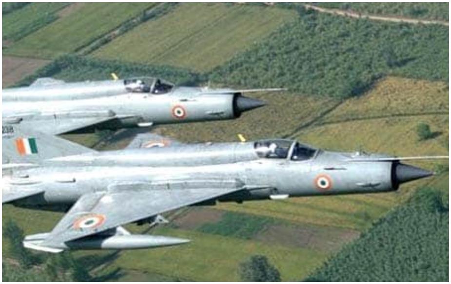 विशेष म्हणजे हिजबुलसोबत जैश ए मोहम्मदचे दहशतवादीदेखील यात होते. बालाकोटमधील त्यांचा प्रशिक्षण तळ भारताच्या हवाई दलाने नेस्तनाबूत केला.