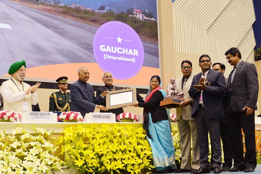 इतर विभागातील शहरामध्ये 10 लाखांपेक्षा जास्त लोकसंख्या असलेल्या शहरात अहमदाबादचा पहिला नंबर लागतो. तर वेगाने लोकसंख्या वाढणाऱ्या शहरांमध्ये रायपूरचे स्थान पहिले आहे.