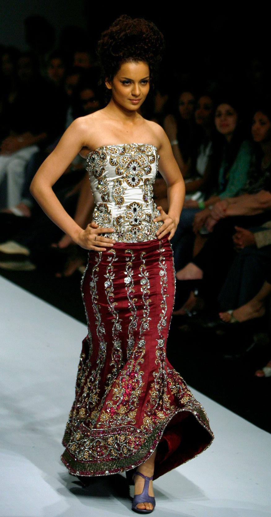 इंडियन फॅशन वीकमध्ये कंगना (Image: Reuters)
